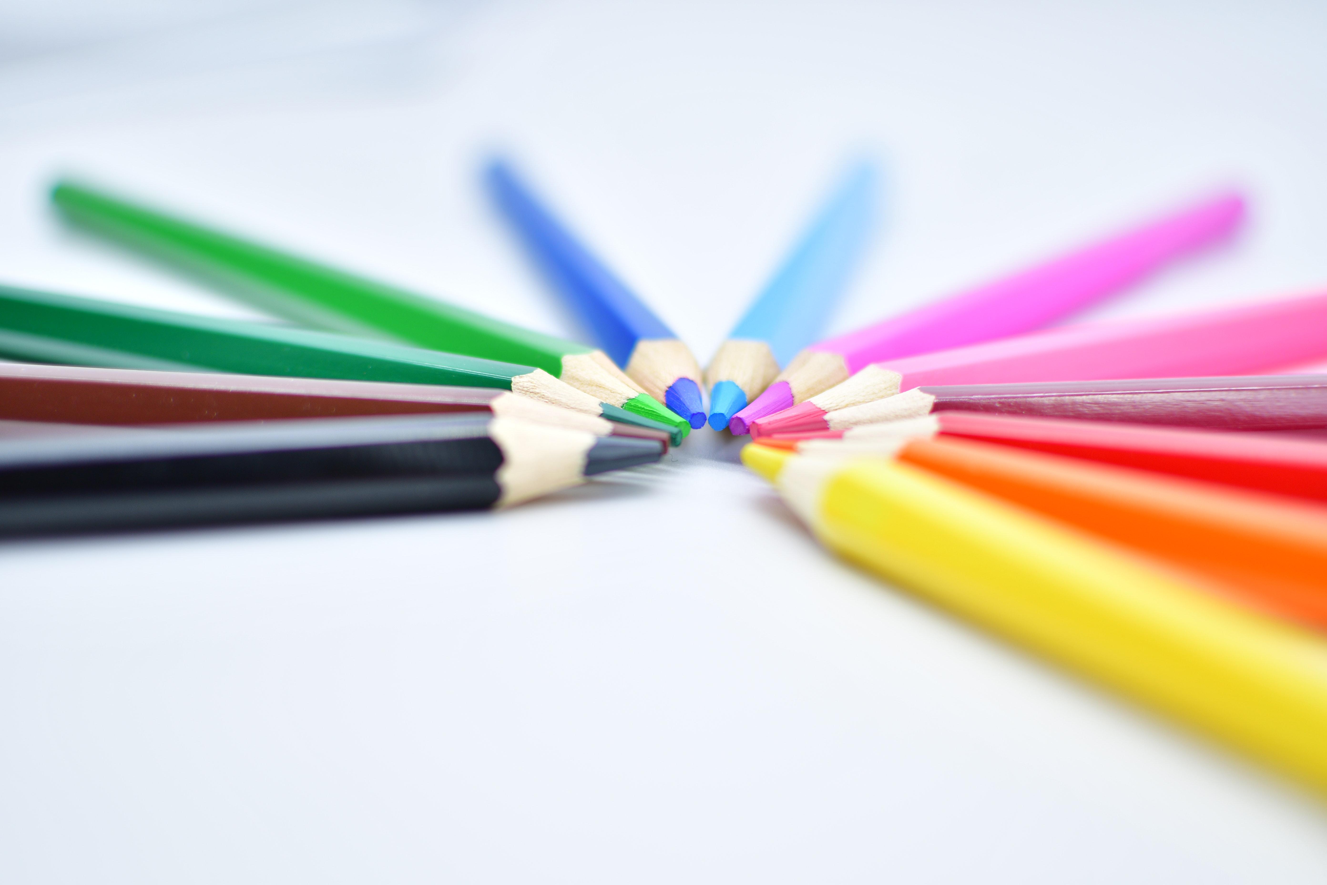 Jak dobrać kolory do reklamy zewnętrznej? Krótki poradnik